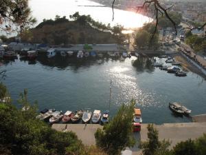 Portul din Limenaria